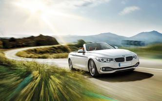 BMW 4 Series Convertible Front Medium View