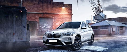 BMW X1 Side Medium View